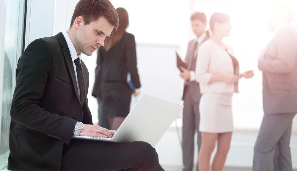 Жить или выживать среди коллег позиционируем себя правильно